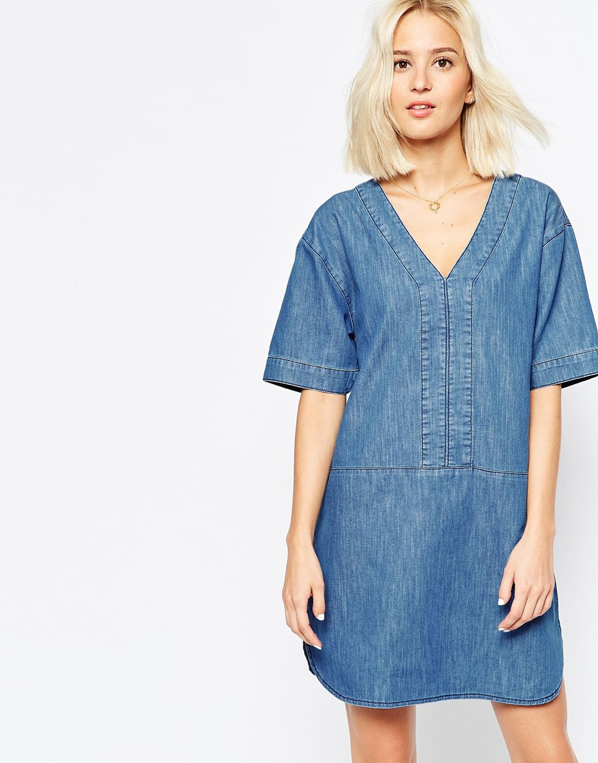 Denim Dress With Curved Hem In Mid-Wash Blue 4