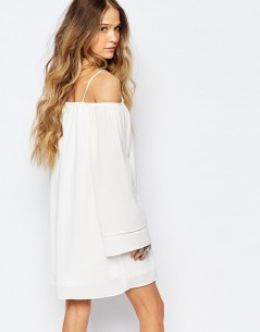 Glamorous Cold Shoulder Dress 1