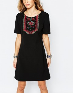 Glamorous Shift Dress with Embroidered Neck 2