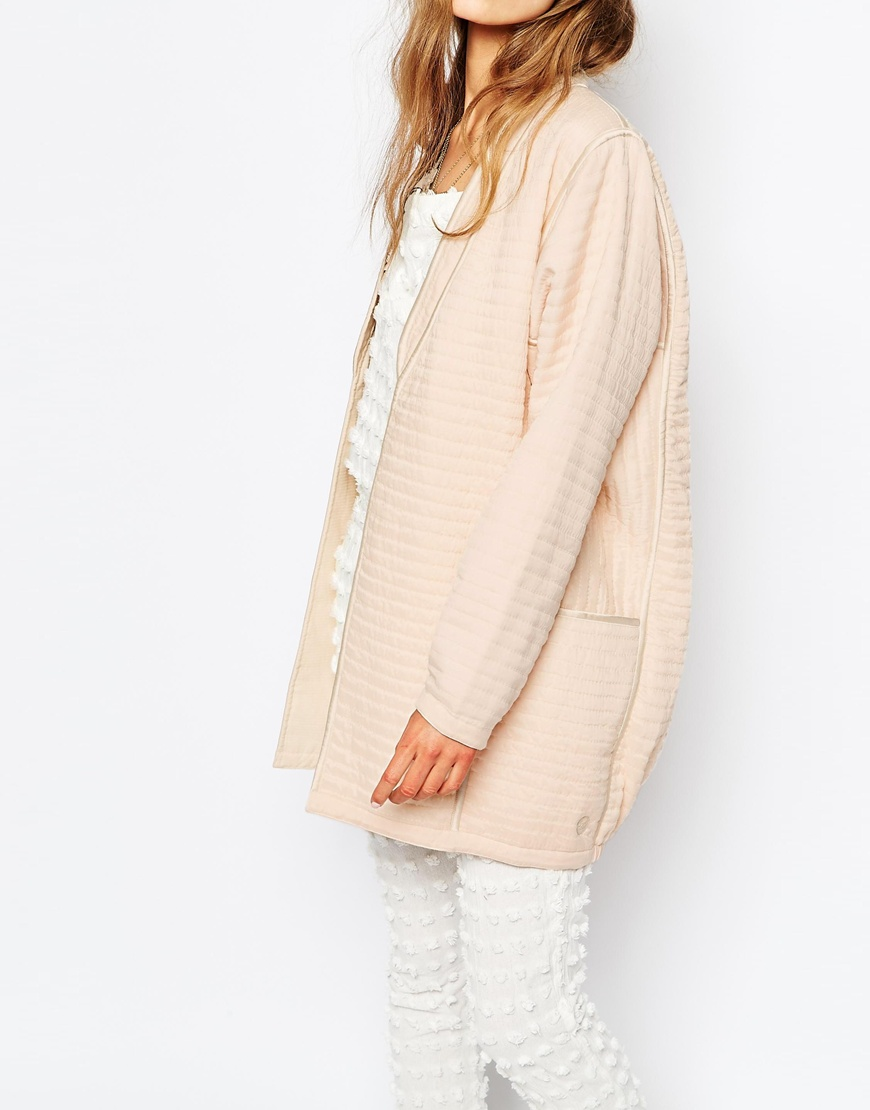 Maison Scotch Reversilble Quilted Kimono Jacket in Pale Pink | OOTD