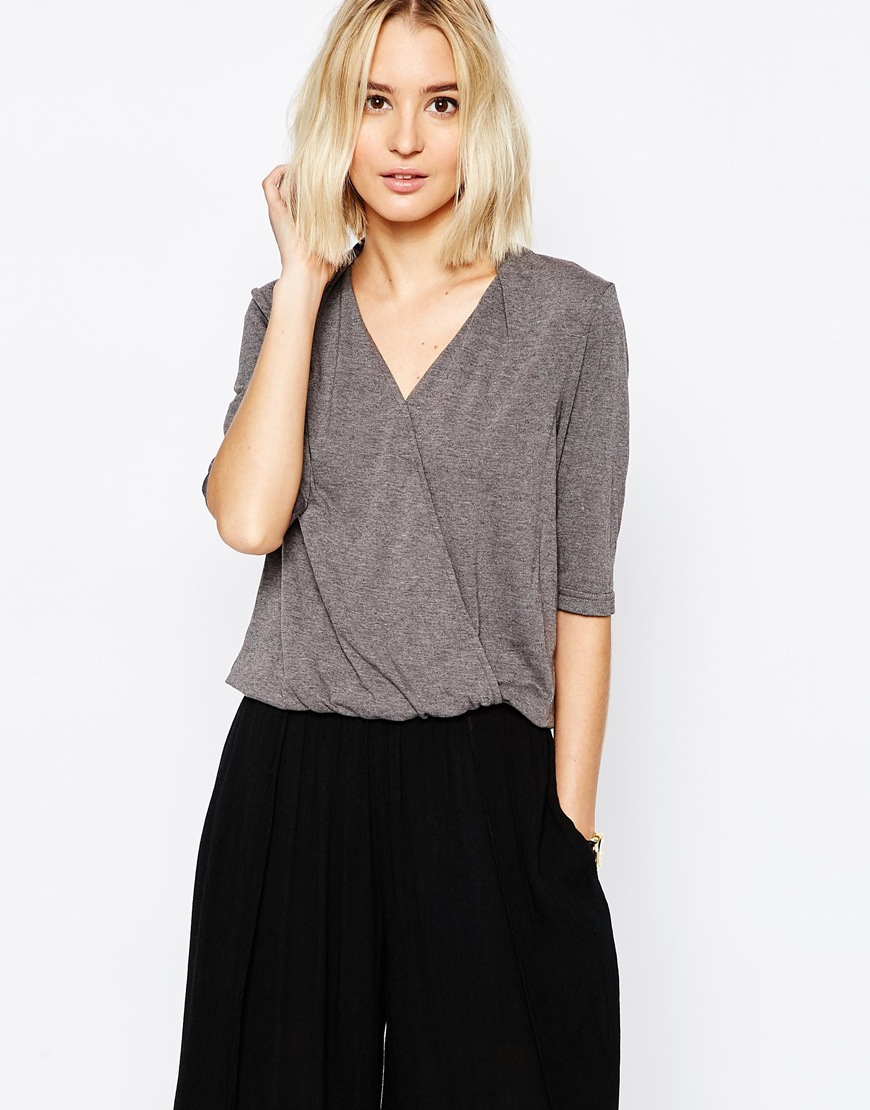 Paisie Wrap Top with Half Sleeve 4
