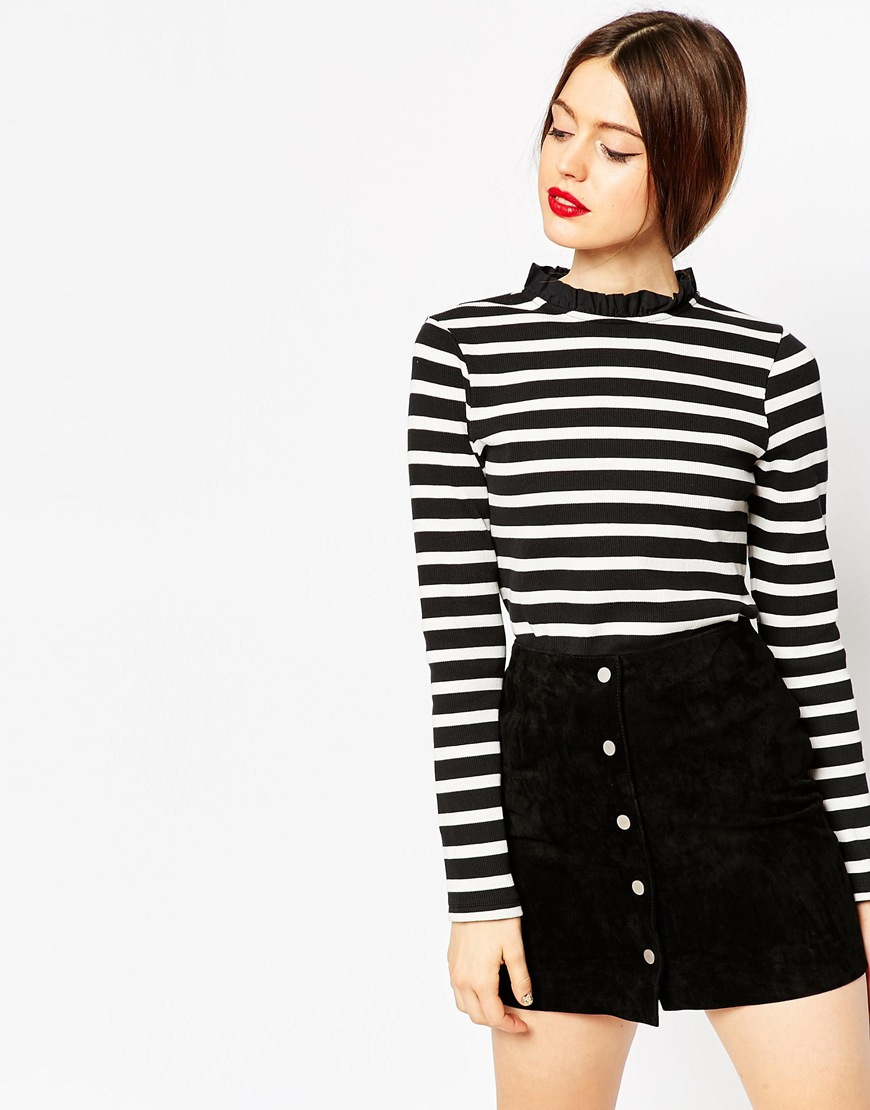 Top With Frill Neck and Long Sleeve in Stripe 2