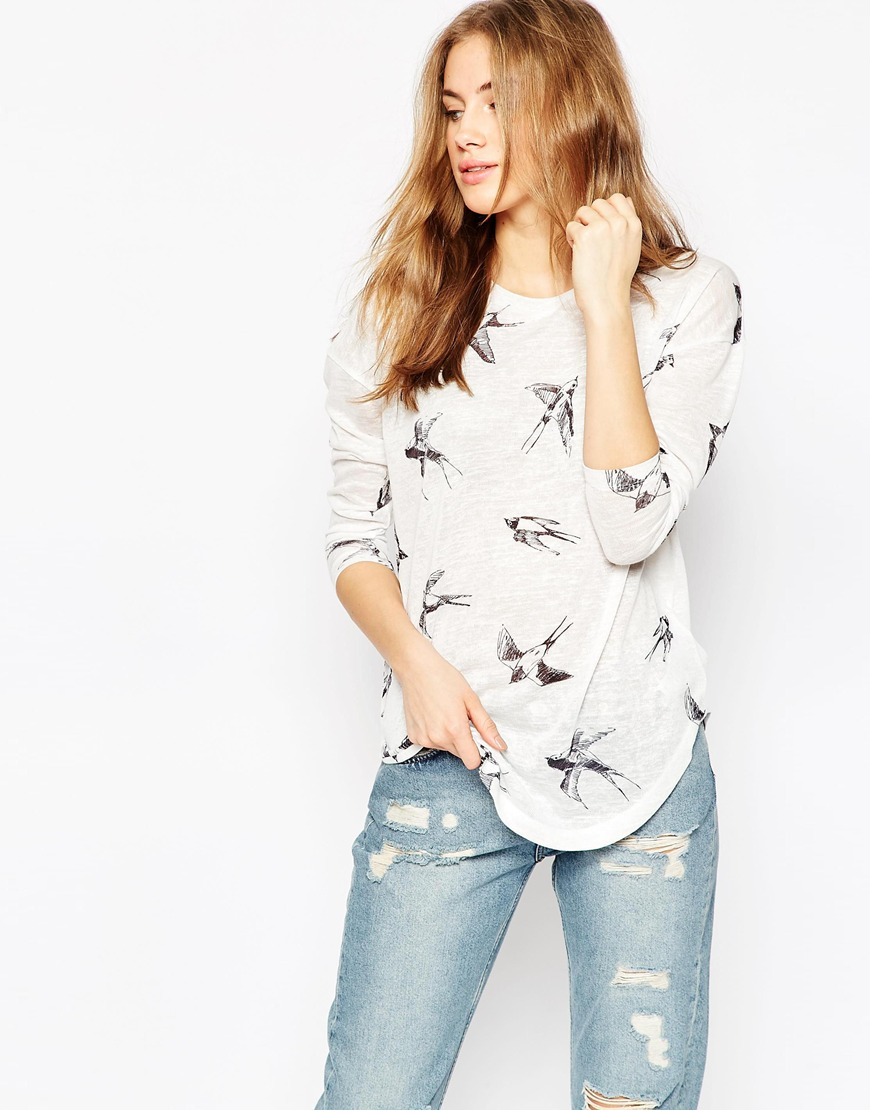 Top With Sketchy Swallow Print 4