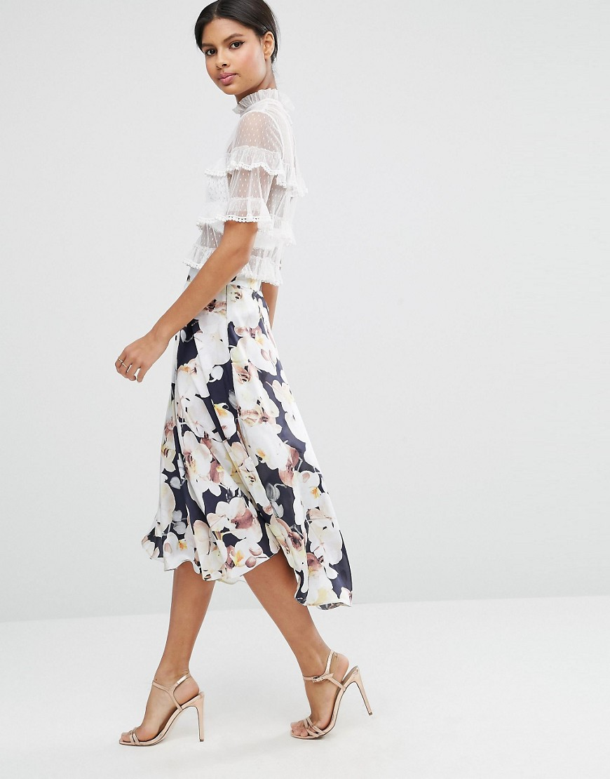 Midi Skirt with Splices in Oversized Floral Print 01