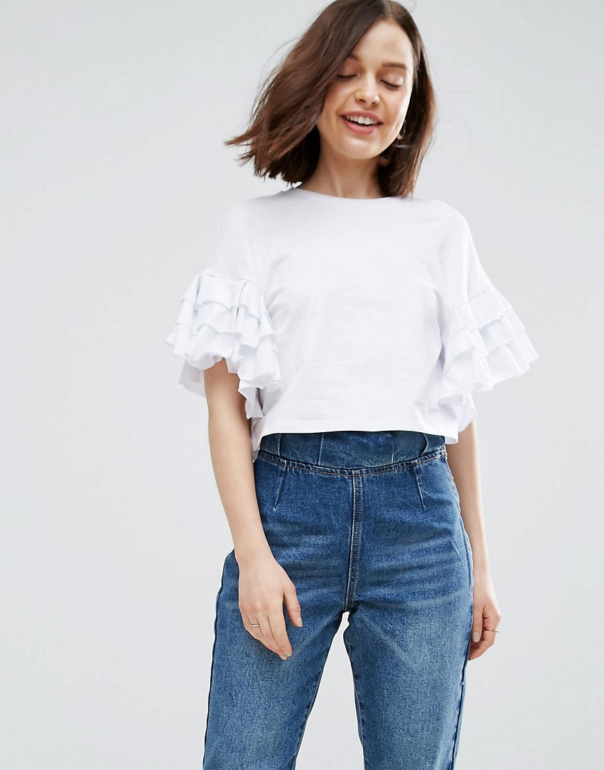 Crop T-Shirt With Ruffle Sleeve