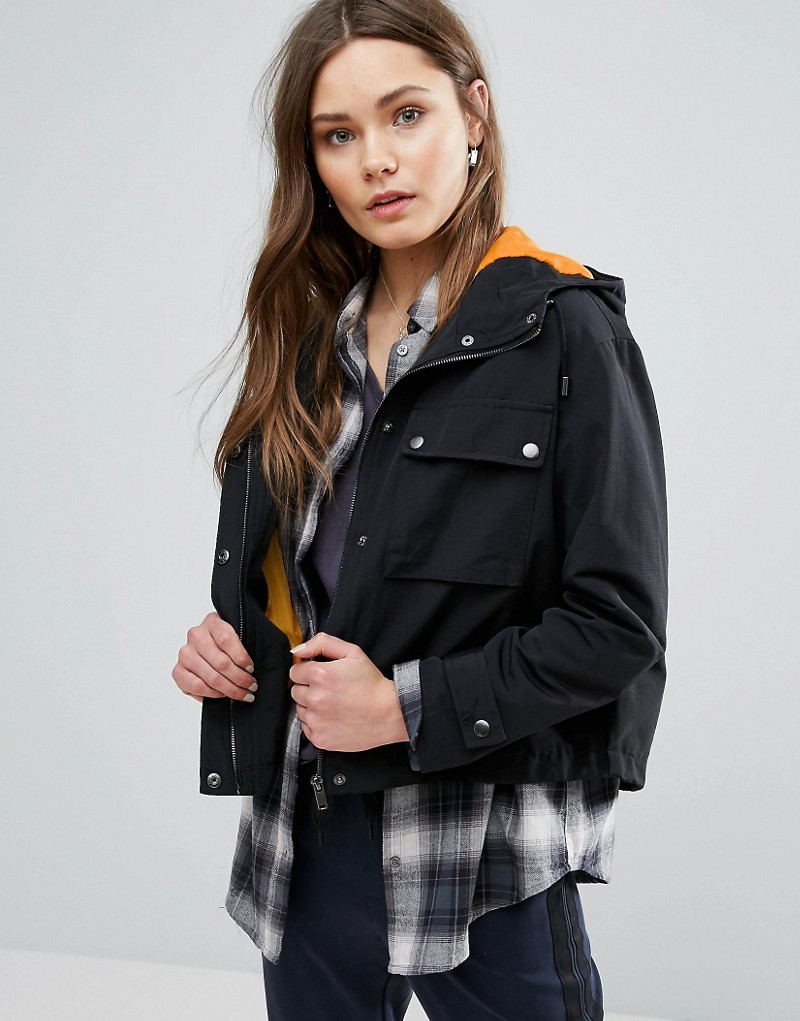 New Look Cropped Pocket Detail Cagoule Jacket