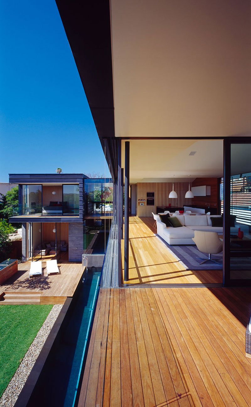 Balmoral House by Fox Johnston Architects