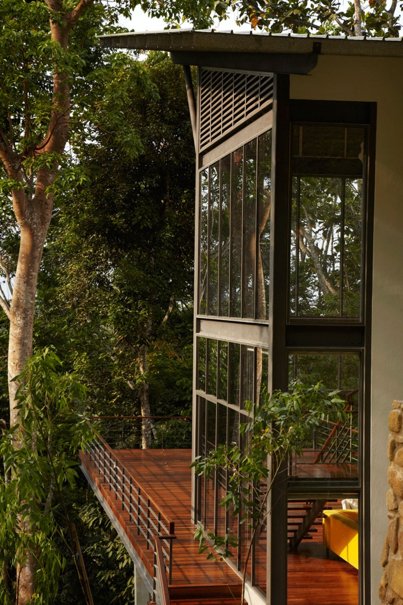 The Deck House by Choo Gim Wah Architect