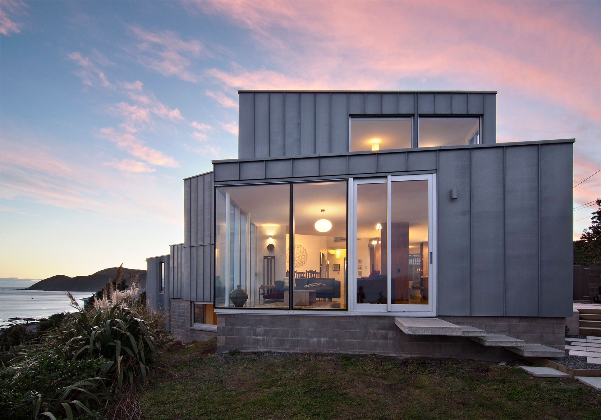 Cook Strait House by Tennent Brown Architects 09