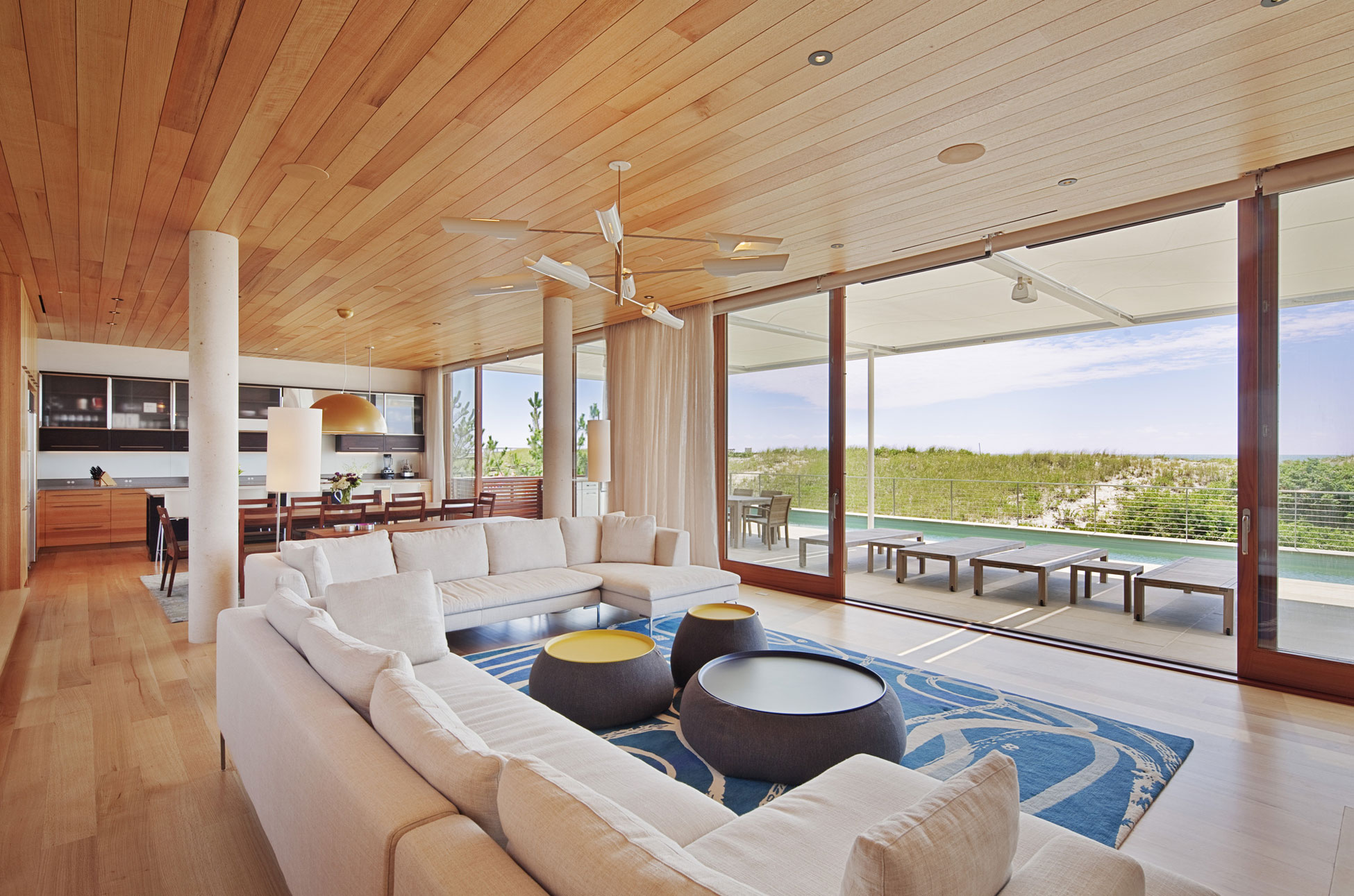 Hamptons Beach House by Aamodt Plumb Architects 08
