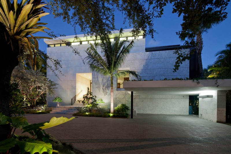Coral Gables Residence by Touzet Studio 01