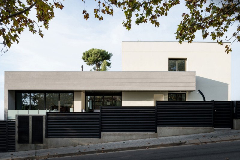 House in Rubí by BETA OFFICE ARCHITECTS 01