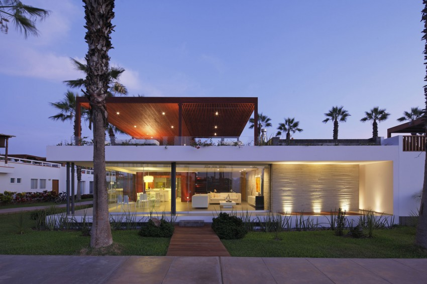 Casa P12 by Martín Dulanto Architect 16