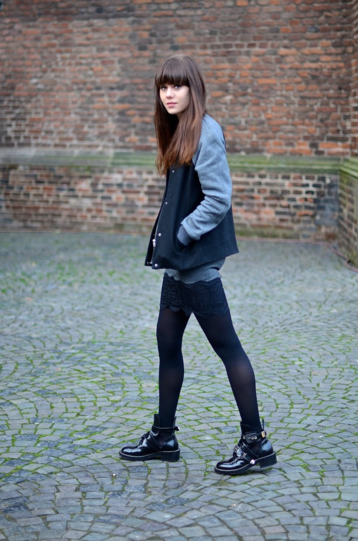 TREND Bloggers wearing the bomber jacket 14