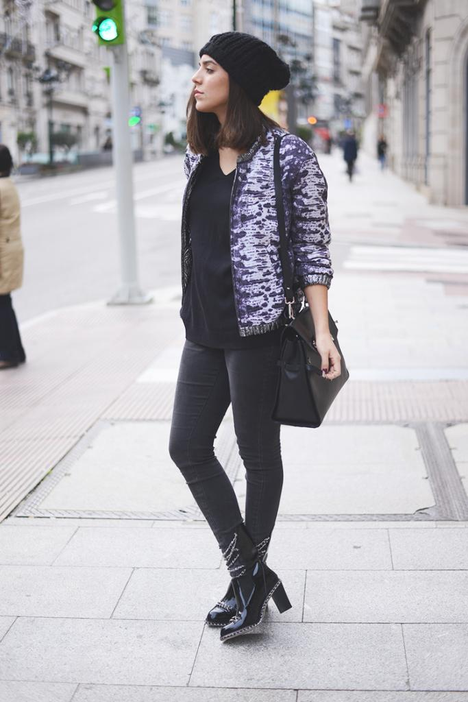 TREND Bloggers wearing the bomber jacket 15