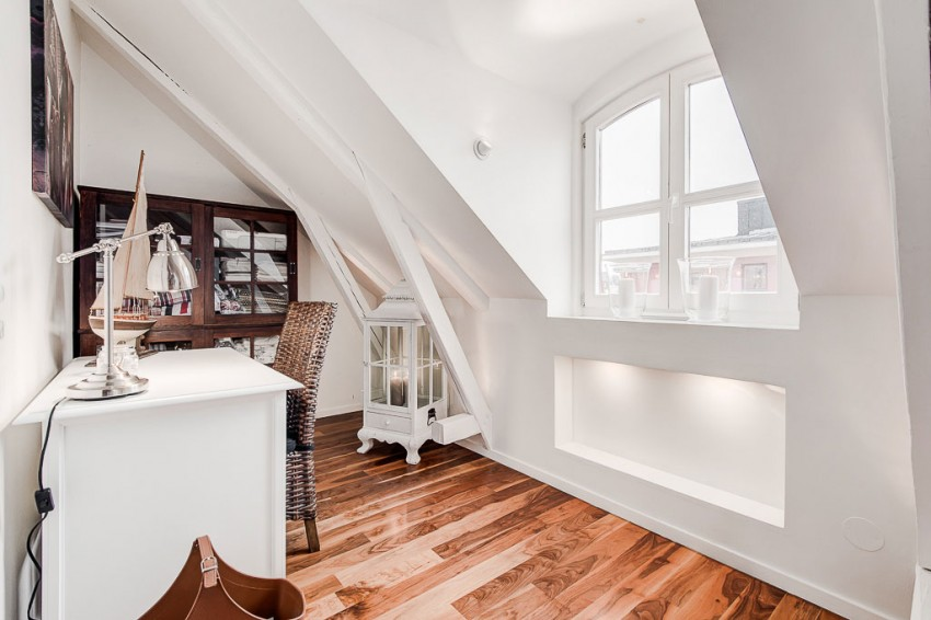 An Elegant Attic on Norrbackagatan 19