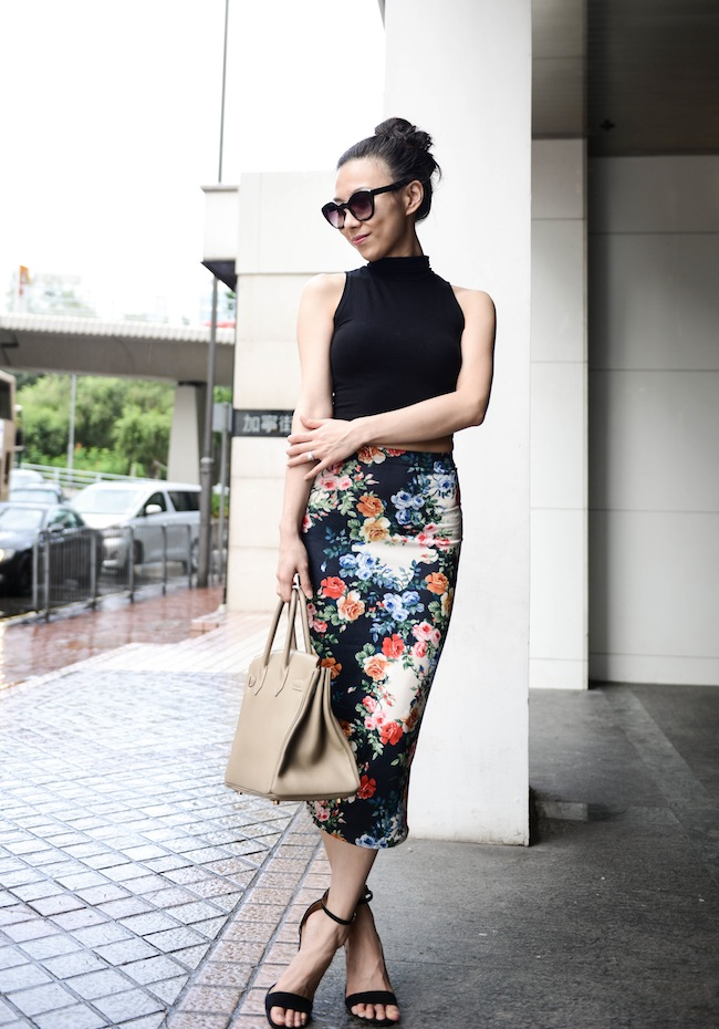 Bloggers wearing the pencil skirt - OOTD Magazine 10