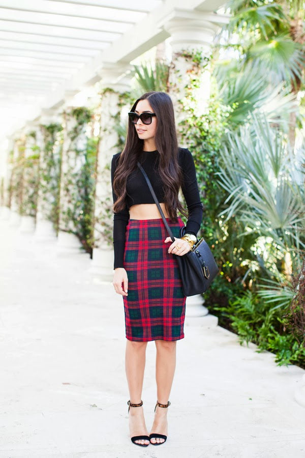 Bloggers wearing the pencil skirt - OOTD Magazine 14