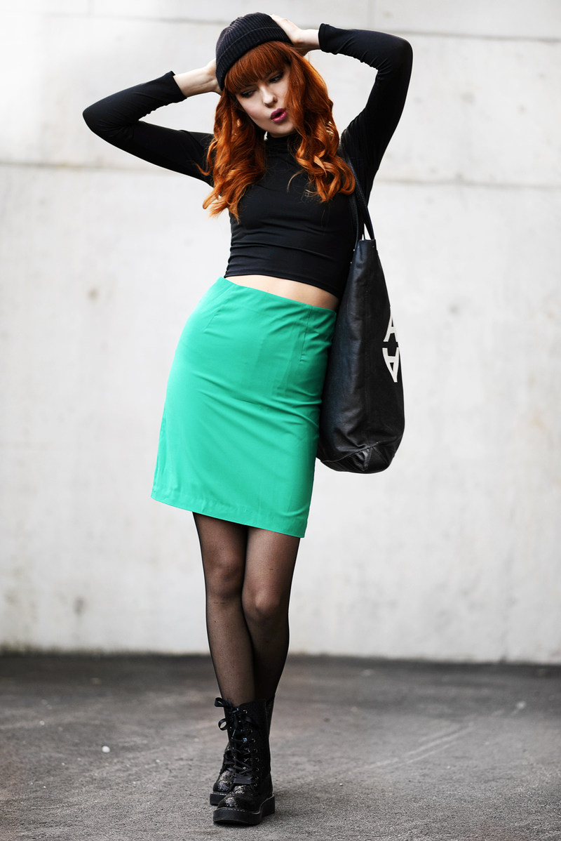 Bloggers wearing the pencil skirt - OOTD Magazine 5