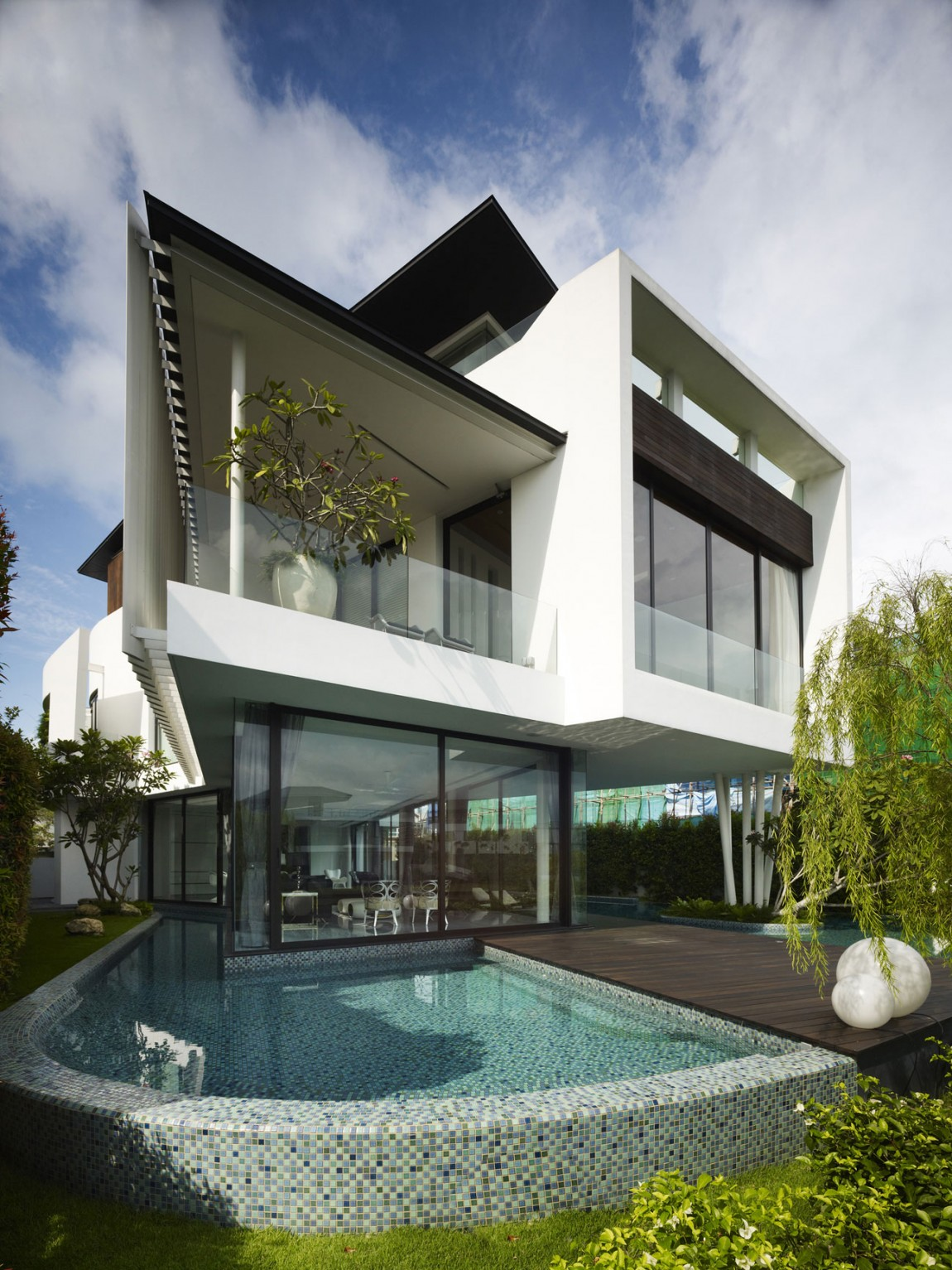 Cove Grove Sentosa by Aamer Architects 01