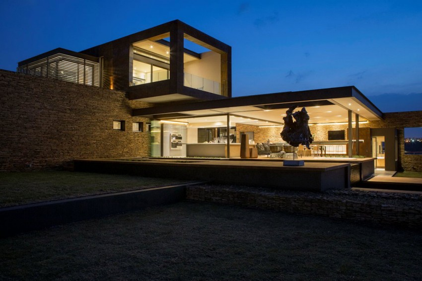 House Boz by Nico van der Meulen Architects 15
