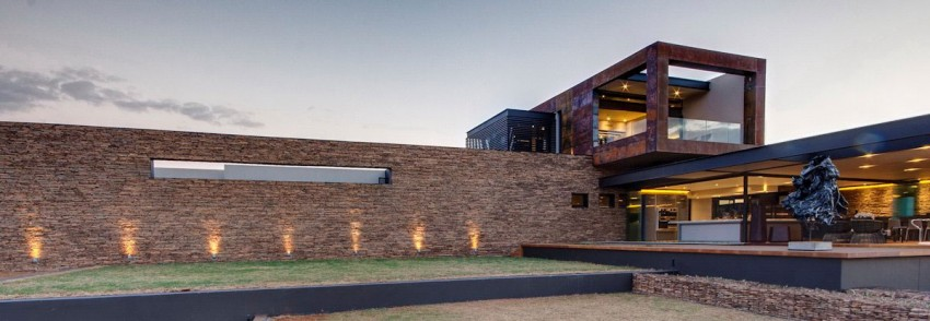 House Boz by Nico van der Meulen Architects 16