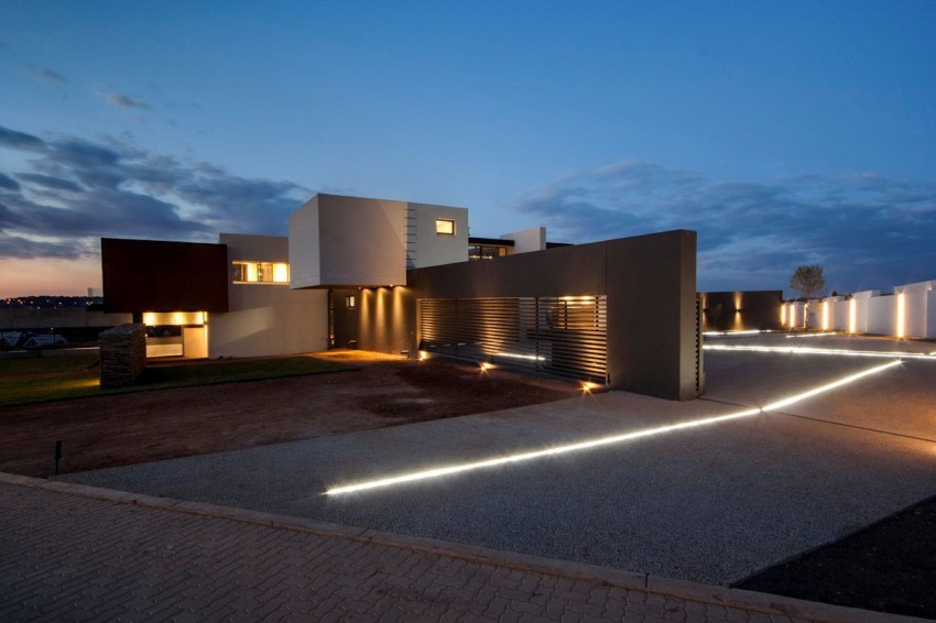 House Boz by Nico van der Meulen Architects 20