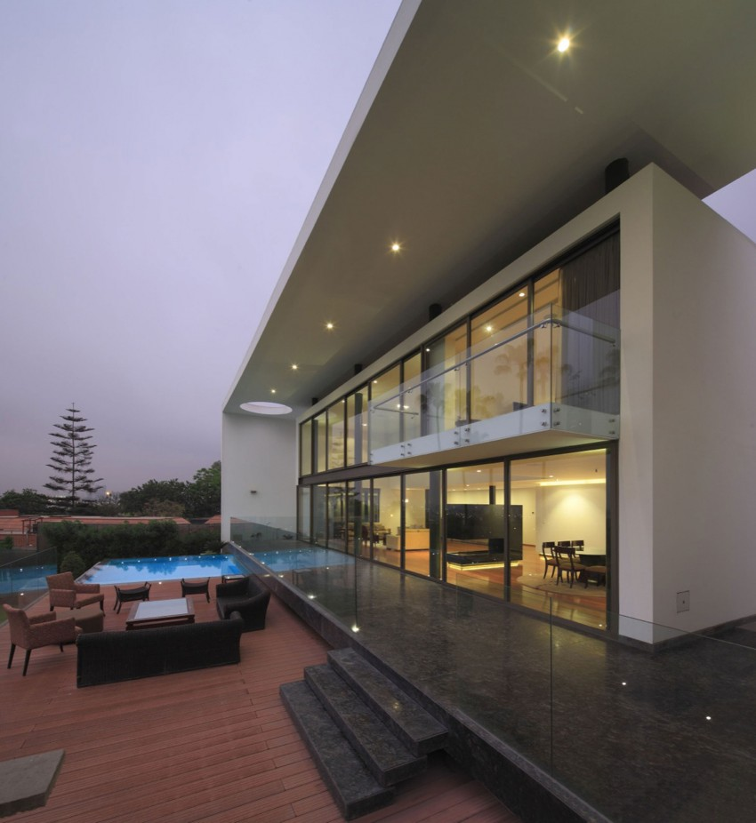 House on the Hill by Jose Orrego 14