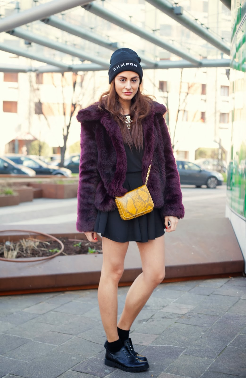 TREND Fashionistas wearing PREMIÈRE Beanies - OOTD Magazine 11