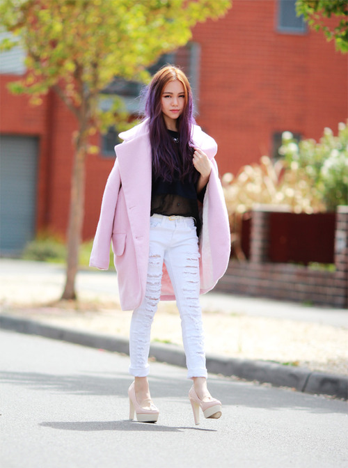 Trend Bloggers Wearing The Pink Coat Ootd Magazine