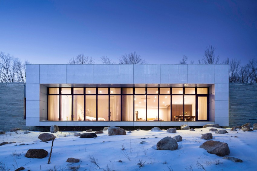 A House In The Woods by William Reue Architecture 13
