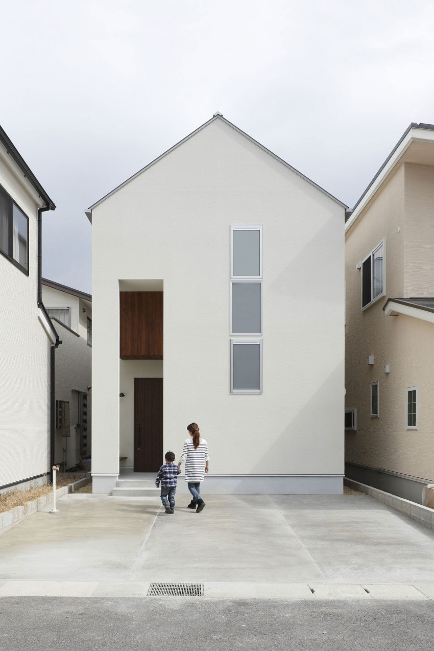 Hazukashi House by ALTS DESIGN OFFICE 01