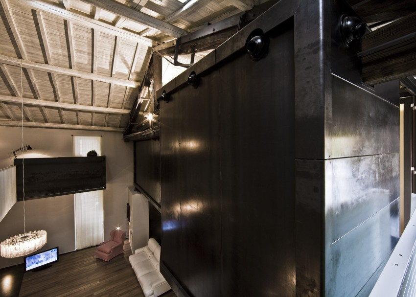 The Trastevere Loft in Rome by MdAA architects 09