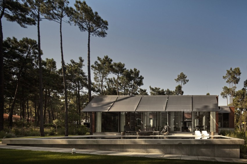 Aroeira III House by ColectivArquitectura 01