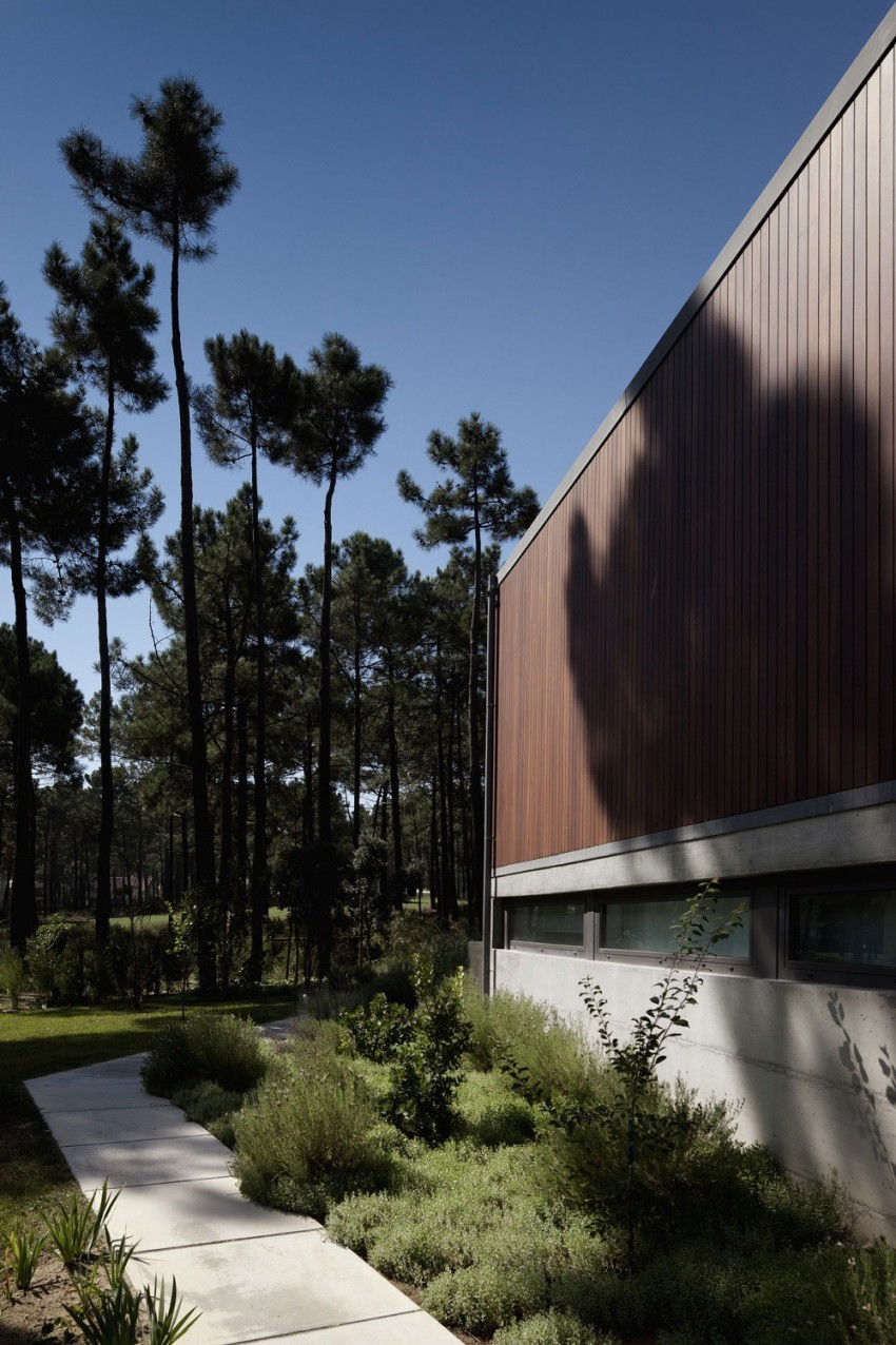 Aroeira III House by ColectivArquitectura 03