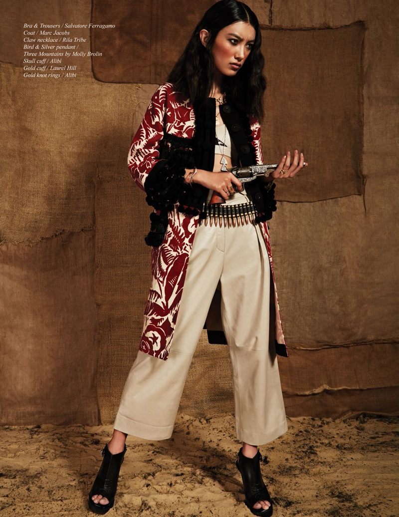 issi Hou Poses For Schön Magazine Summer 2014 Issue 05