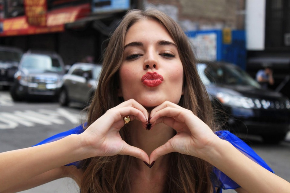 Clara Alonso Wallpapers @ go4celebrity.com
