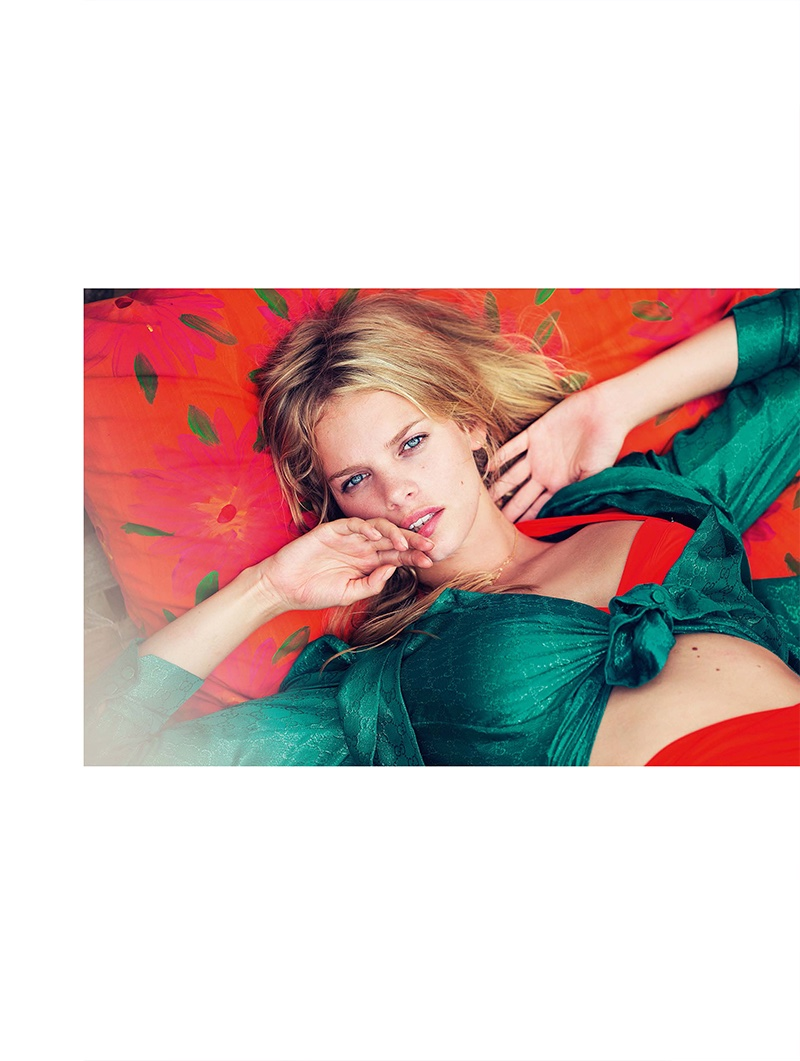 Marloes Horst Poses For M<img src=