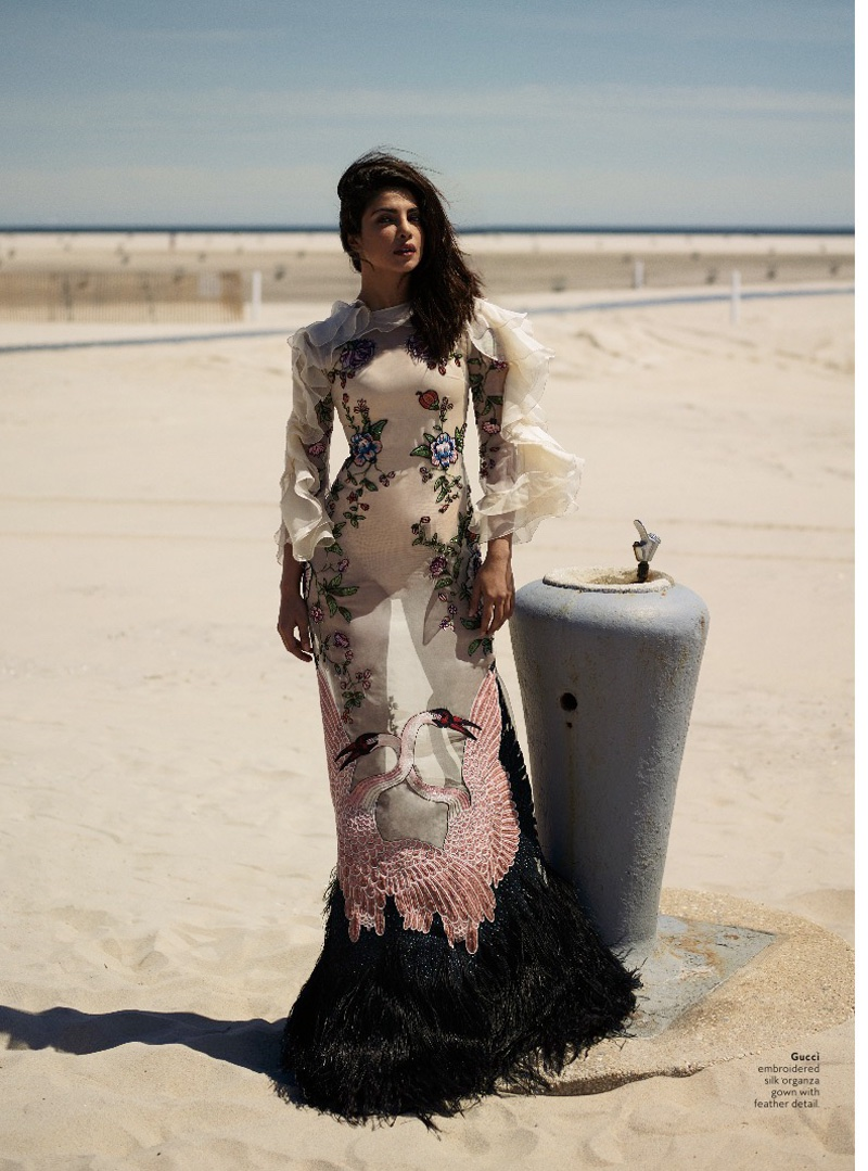 Quantico Priyanka Poses for Instyle 2016 01