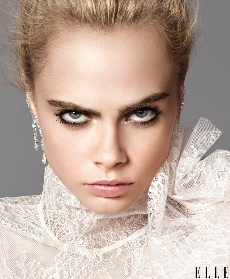 Cara Delevingne Poses For Elle's September 2016 04
