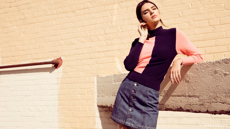 Gigi Hadid And Kendall Jennier Poses For Penshoppe 09