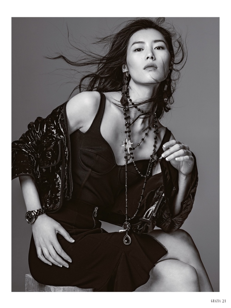Liu Wen Poses For Grazia China 2017 01