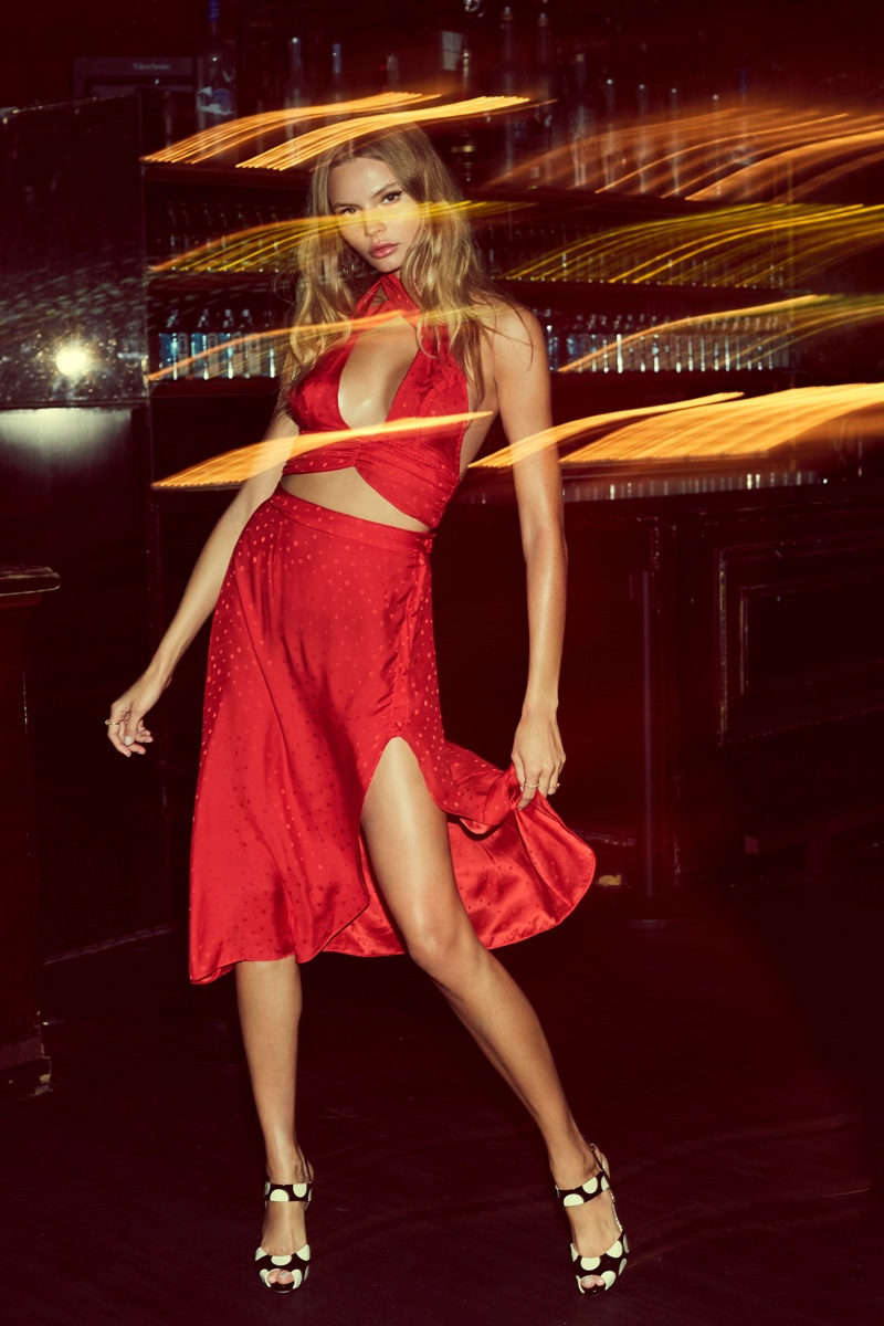 Magdalena Frackowiak Poses For Love & Lemons 2017 14